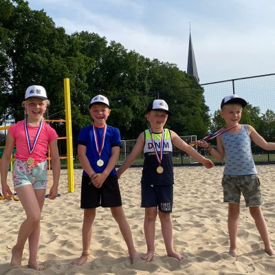 Beachende toppers N2